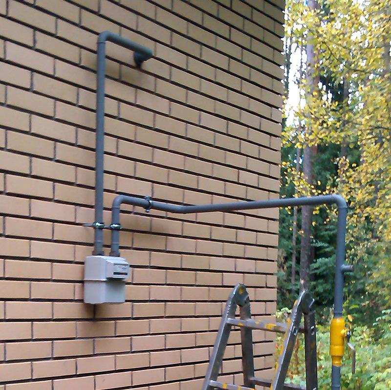 перенос газовой трубы в частном доме