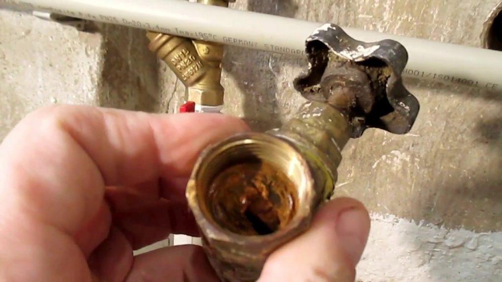 Засорились фильтры на входе водяного блока